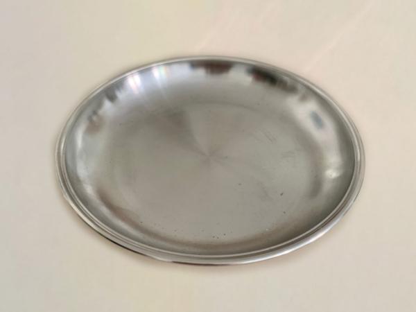 8er Teller aus Zinn Ø 25 cm - Bratwurstglöcklein Nürnberg